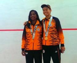 Eain Yow Ng & Sivasangari Subramaniam Celebrate Commonwealth Youth Games Gold