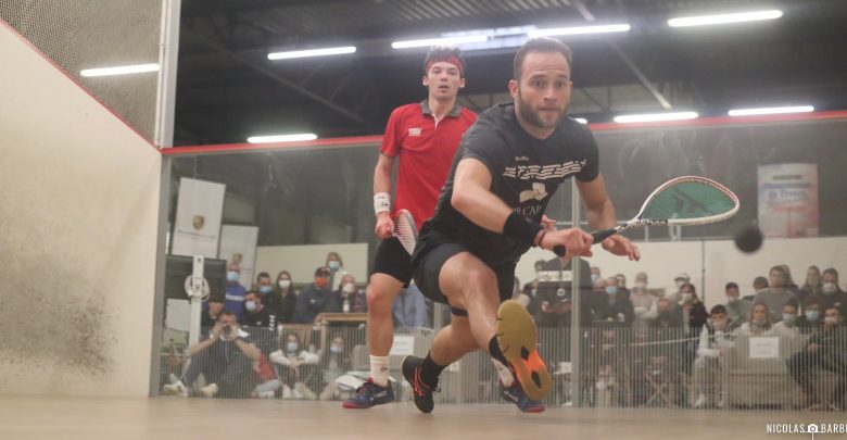 Gregoire Marche takes on Victor Crouin during the French Nationals quarter-finals (picture credit: Nicolas Barbeau)